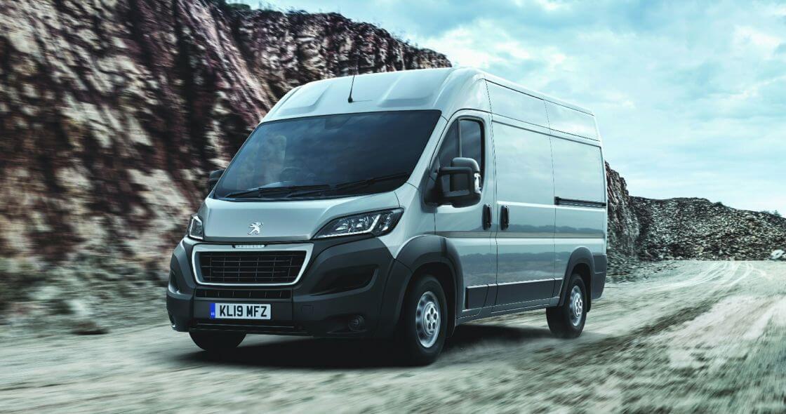 PEUGEOT 2.2 BlueHDi H2 Professional Van 140ps