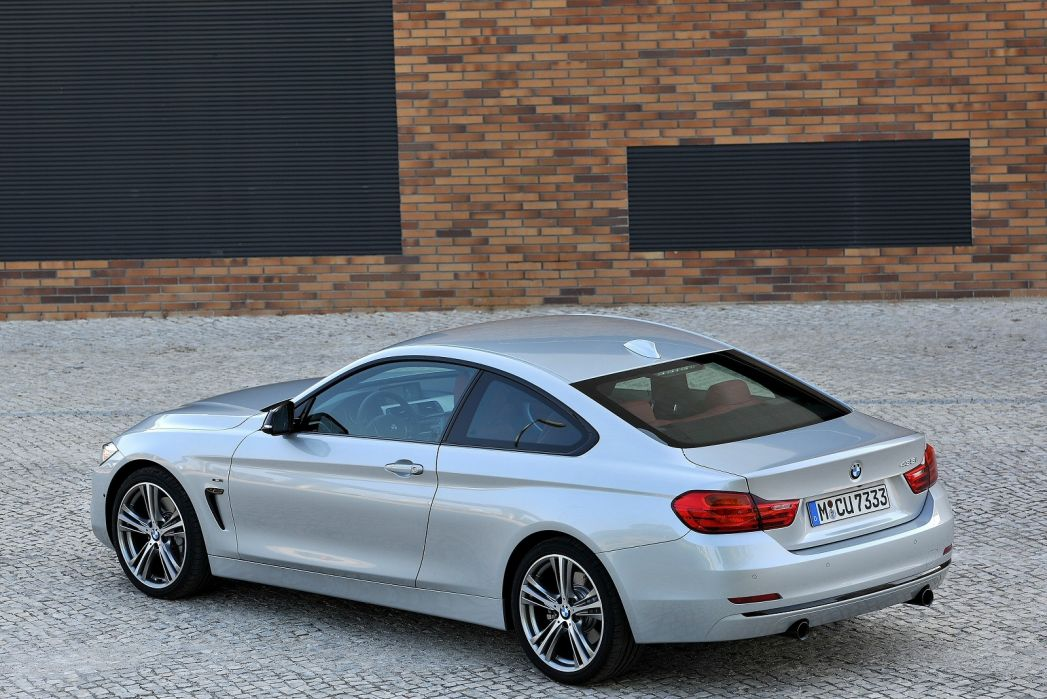 Image 4: BMW 4 Series Coupe 430I M Sport 2dr Auto [professional Media]