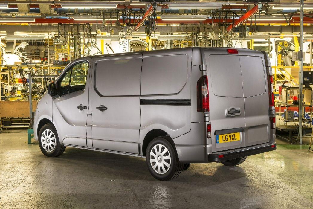 Image 2: Vauxhall Vivaro L1 Diesel 2700 1.5D 100PS Edition H1 VAN