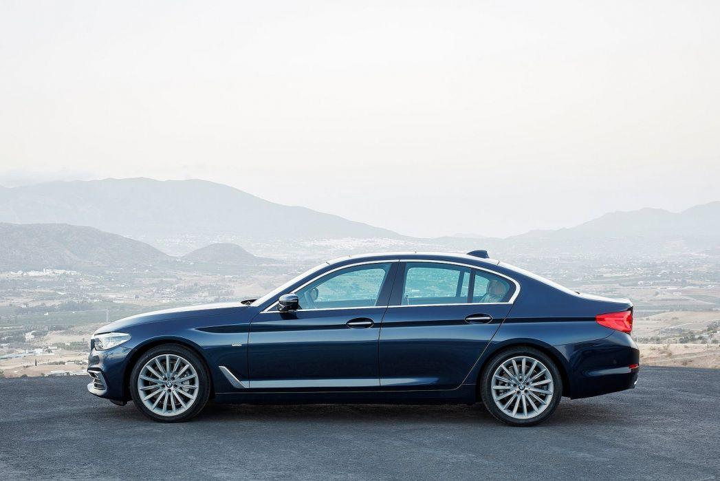 Image 2: BMW 5 Series Touring 540I Xdrive M Sport 5dr Auto