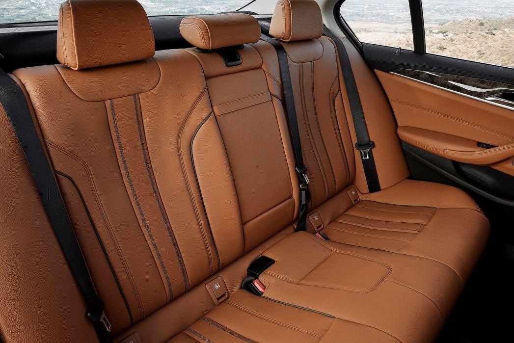 Image 5: BMW 5 Series Touring 540I Xdrive M Sport 5dr Auto
