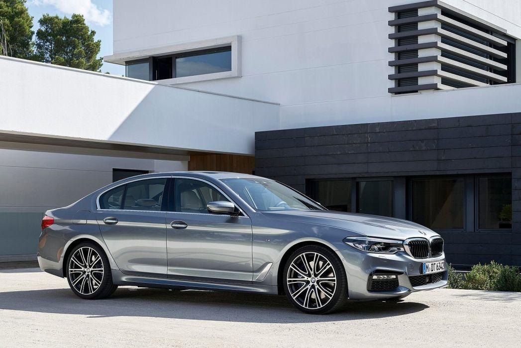 Image 3: BMW 5 Series Touring 540I Xdrive M Sport 5dr Auto