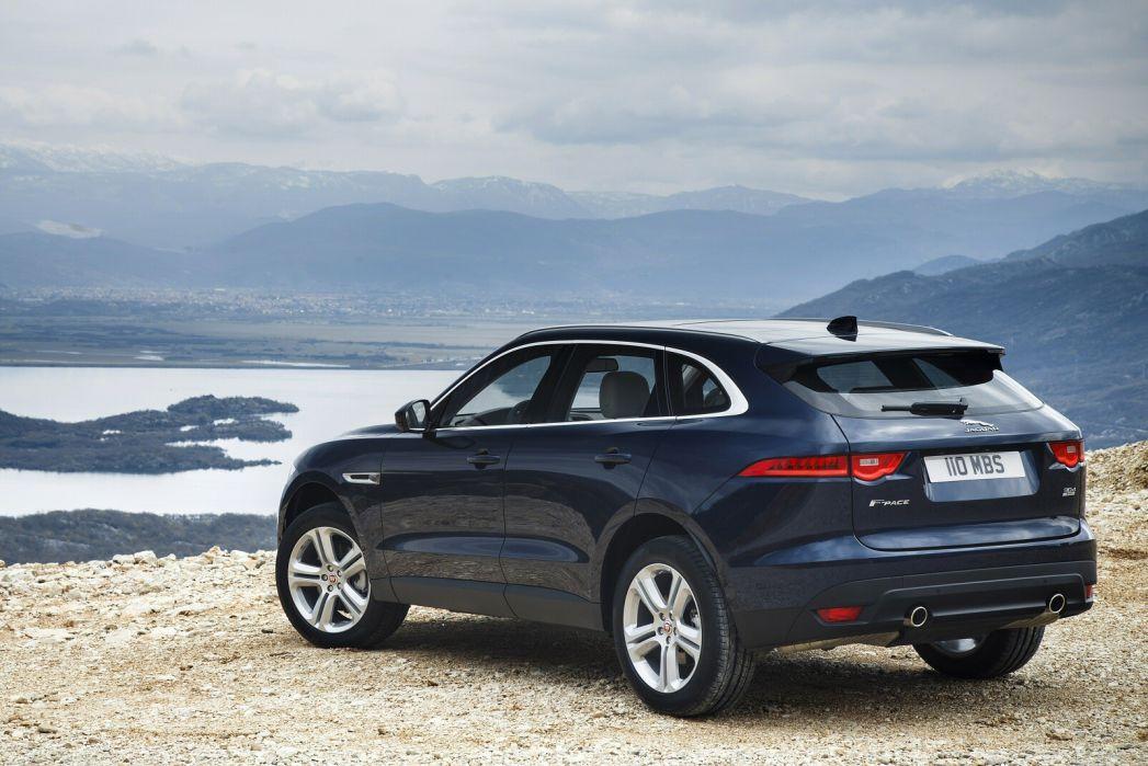 Image 3: Jaguar F-Pace Estate 2.0 R-Sport 5dr Auto AWD
