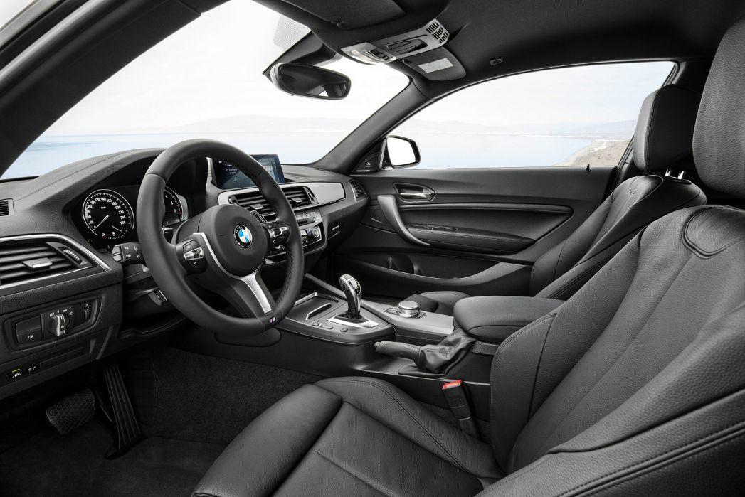 Image 3: BMW 2 Series Coupe 218I SE 2dr [NAV]