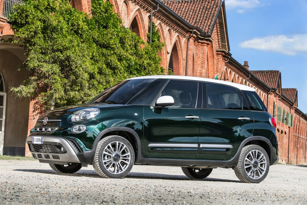 Video Review: Fiat 500L Hatchback 1.4 Cross 5dr
