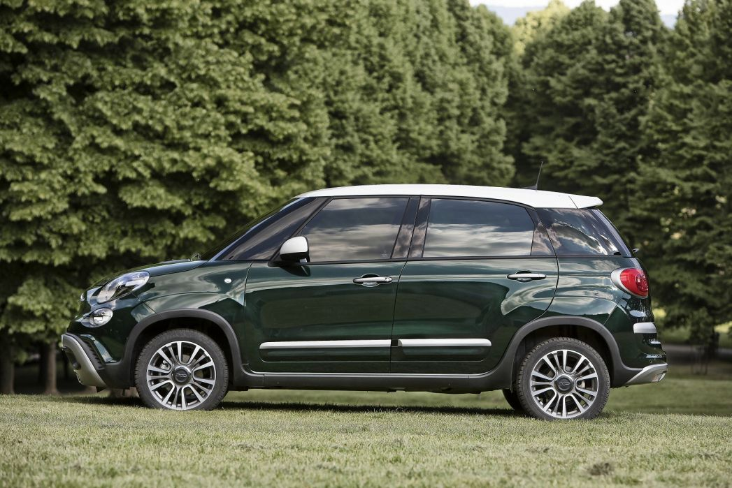 Image 2: Fiat 500L Hatchback 1.4 Cross 5dr