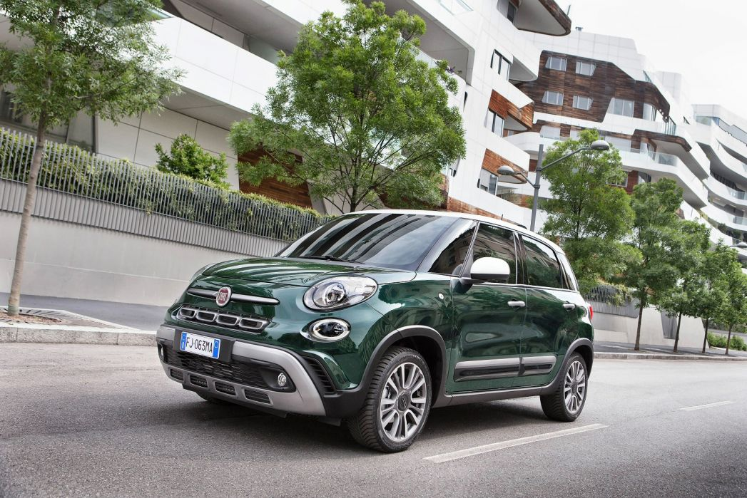 Image 4: Fiat 500L Hatchback 1.4 Cross 5dr