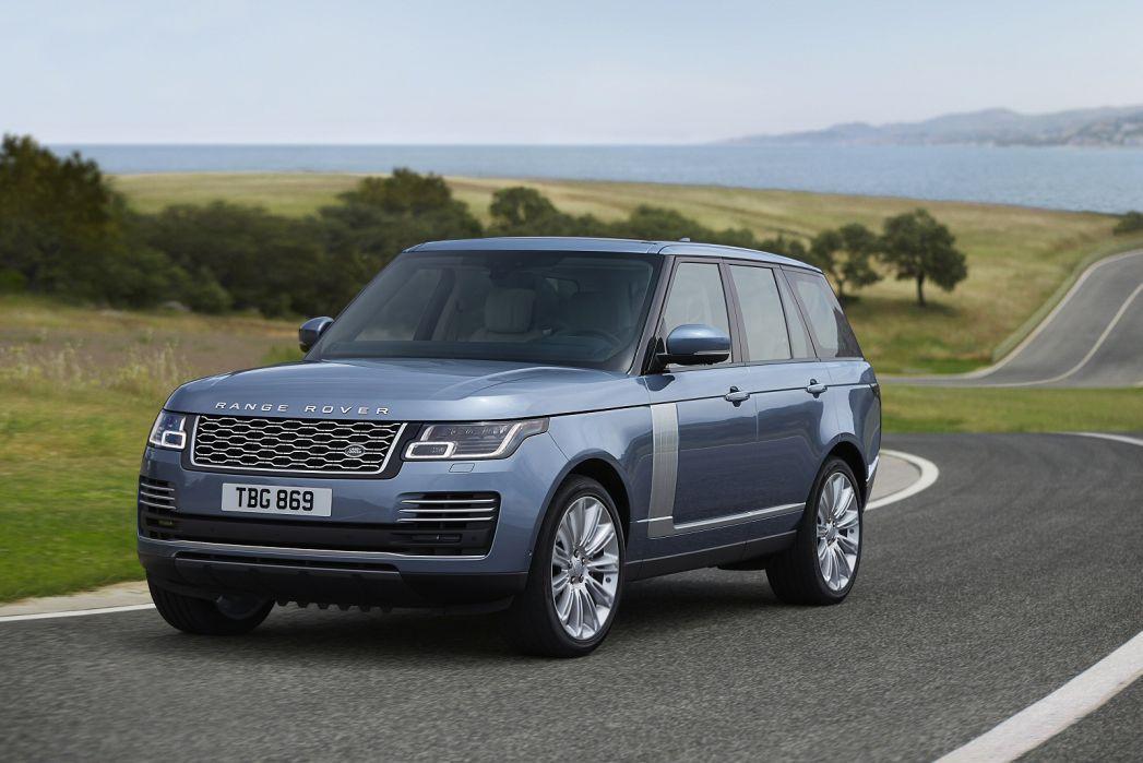 Image 3: Land Rover Range Rover Estate 2.0 P400e Svautobiography LWB 4dr Auto