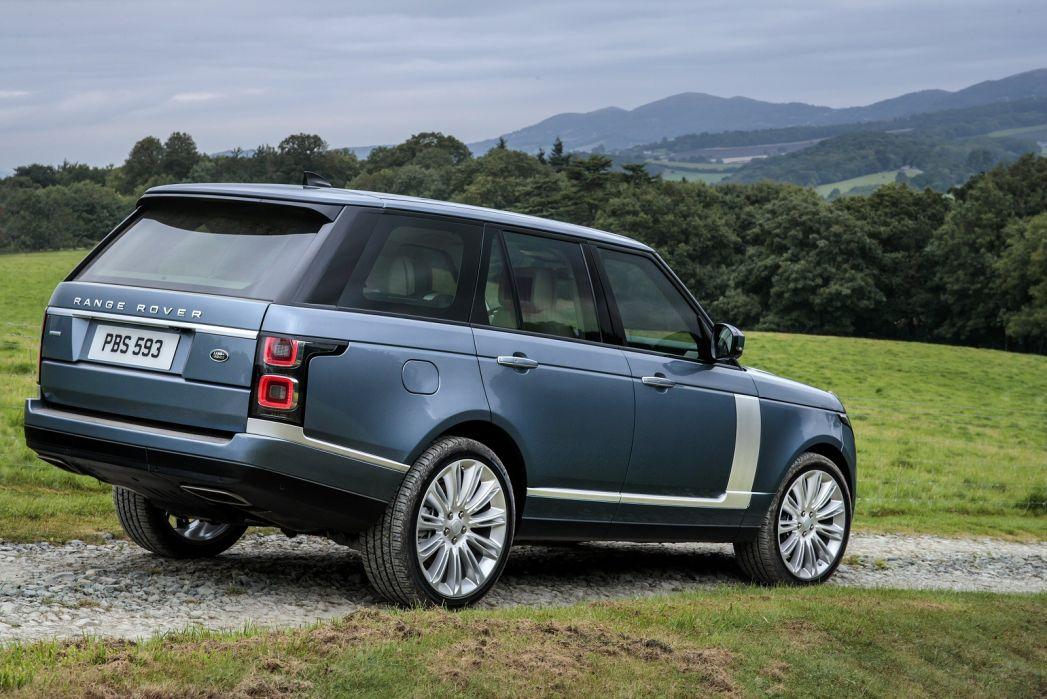 Image 5: Land Rover Range Rover Estate 2.0 P400e Svautobiography LWB 4dr Auto