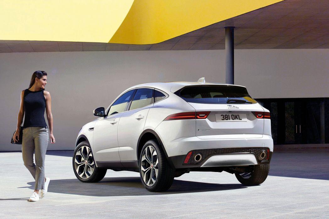 Image 3: Jaguar E-Pace Estate Special Editions 2.0D [180] Chequered Flag Edition 5dr Auto