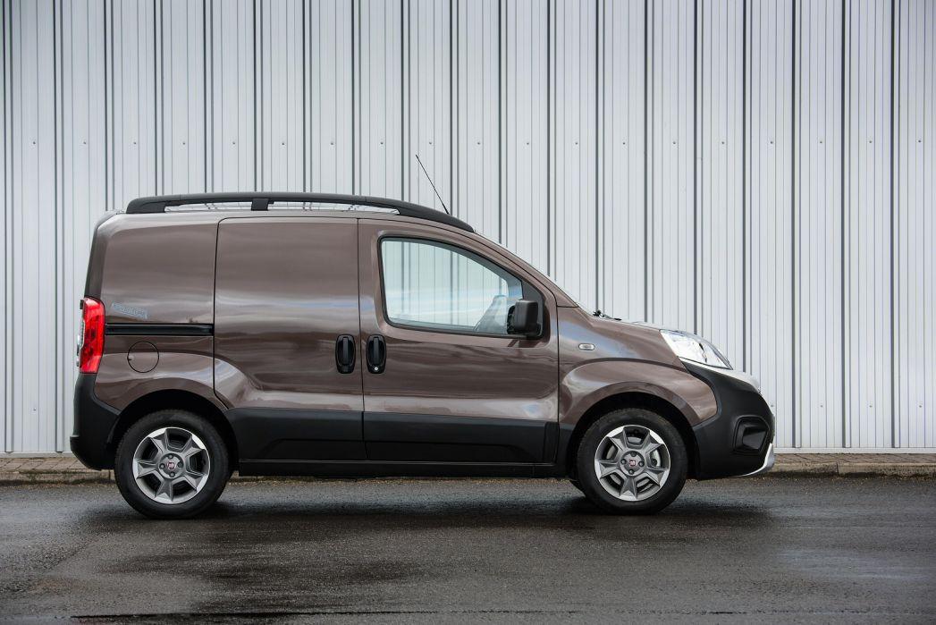 Image 1: Fiat Fiorino Cargo Diesel 1.3 16V Multijet Adventure VAN Start Stop