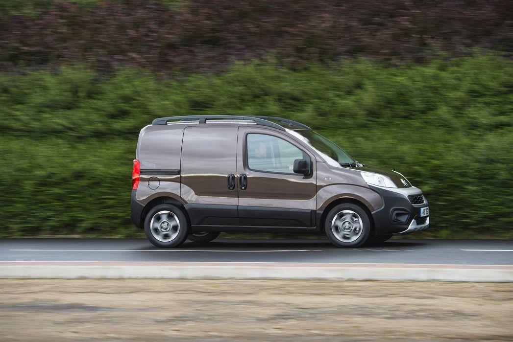 Image 6: Fiat Fiorino Cargo Diesel 1.3 16V Multijet Adventure VAN Start Stop