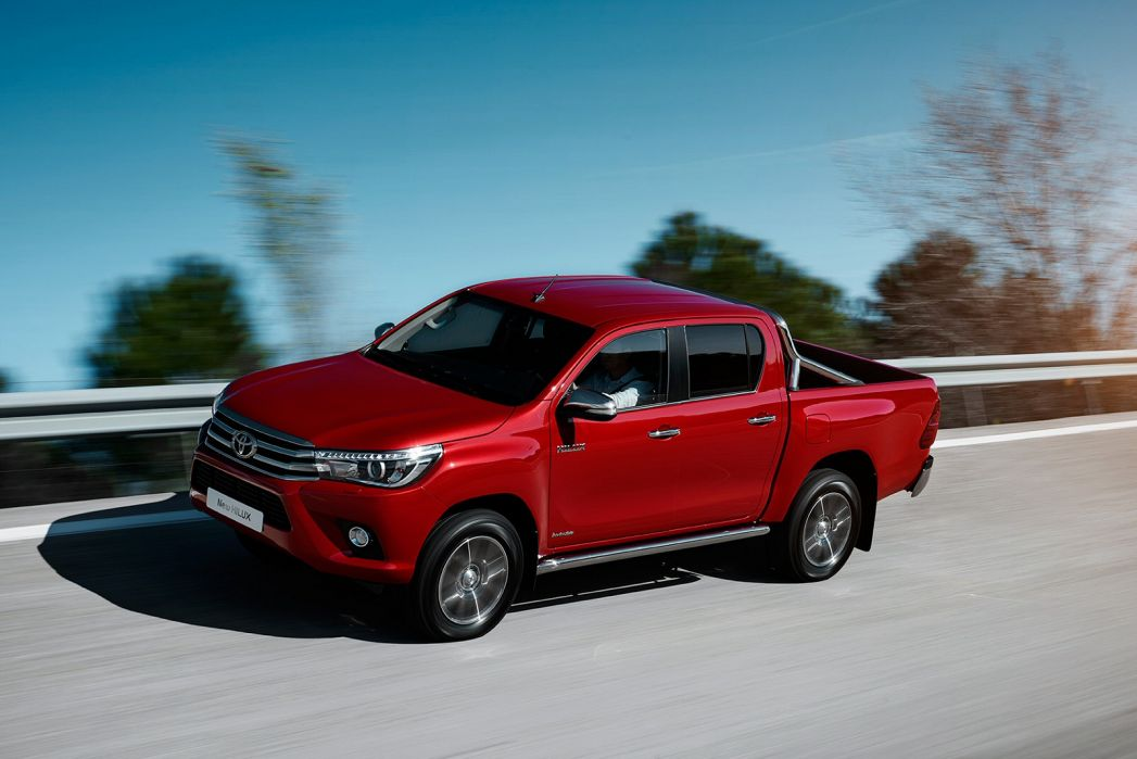 Image 1: Toyota Hilux Diesel Active Pick UP 2.4 D-4D TSS [3.5T TOW]