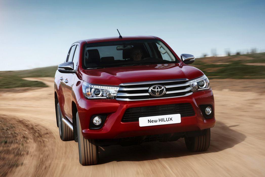 Image 5: Toyota Hilux Diesel Active Pick UP 2.4 D-4D TSS [3.5T TOW]