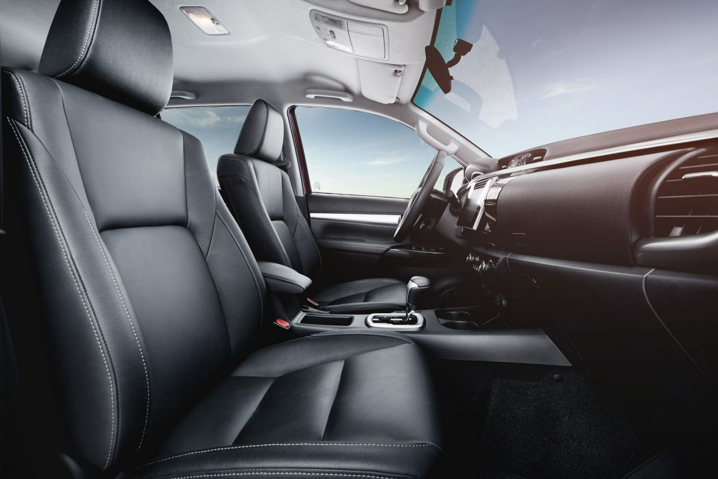 Image 6: Toyota Hilux Diesel Active Pick UP 2.4 D-4D TSS [3.5T TOW]