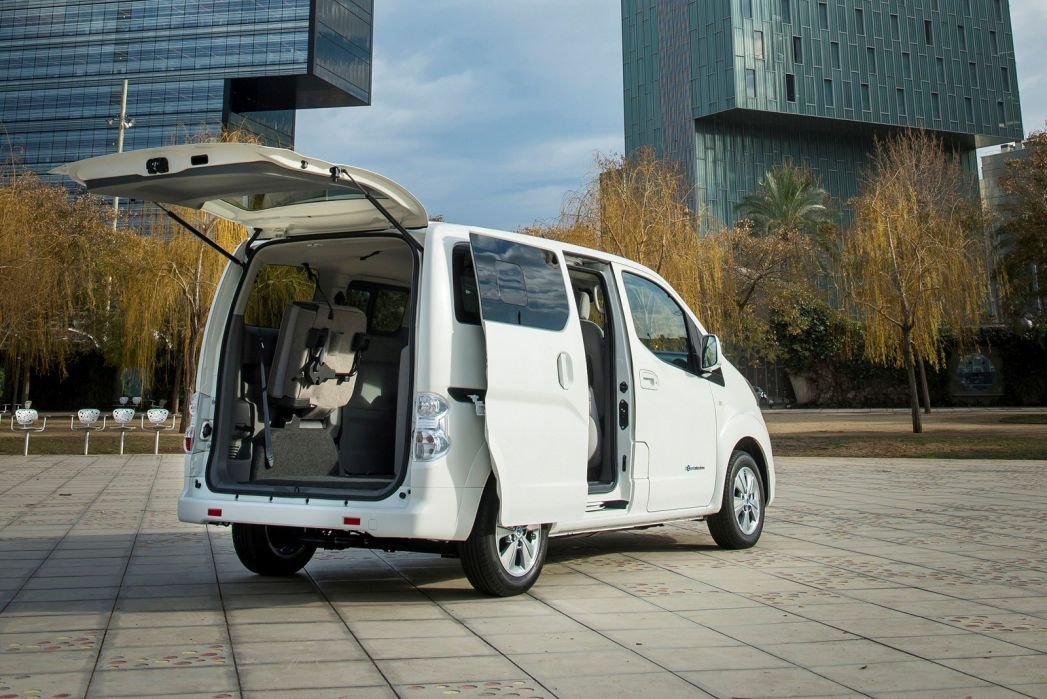 Image 3: Nissan E-NV200 Electric 80KW Visia VAN Auto 40KWH