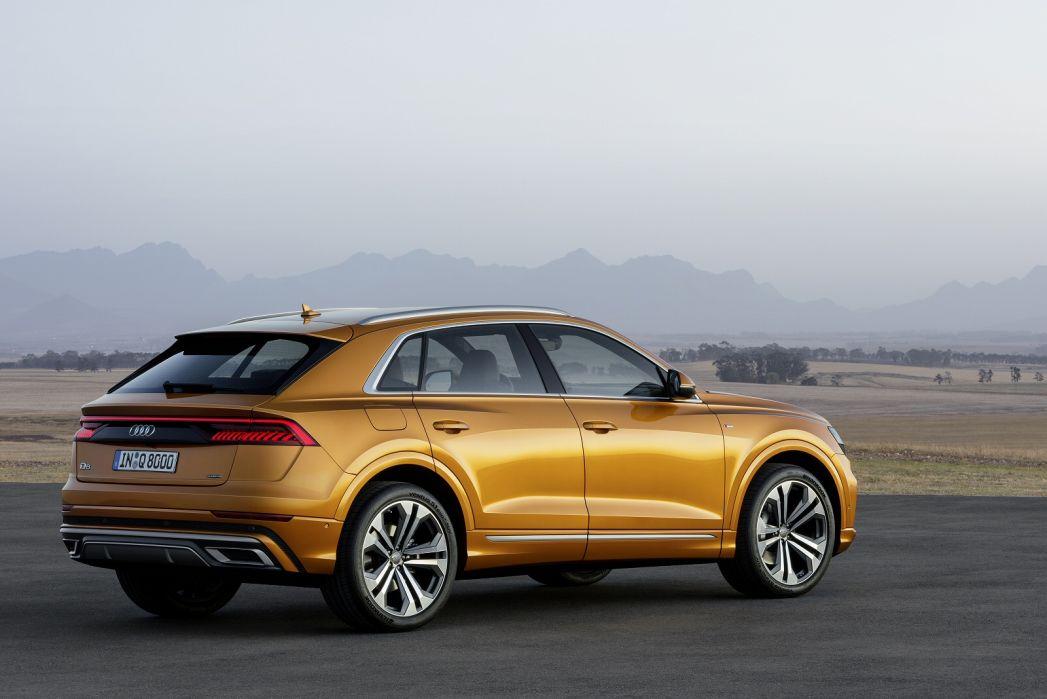 Image 2: Audi Q8 Estate 55 Tfsi Quattro S Line 5dr Tiptron [comfort+sound]