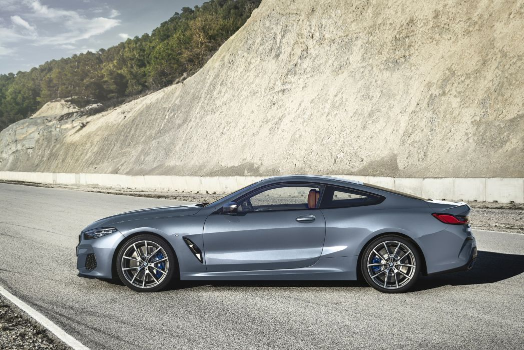 Image 2: BMW 8 Series Coupe M850i Xdrive 2dr Auto