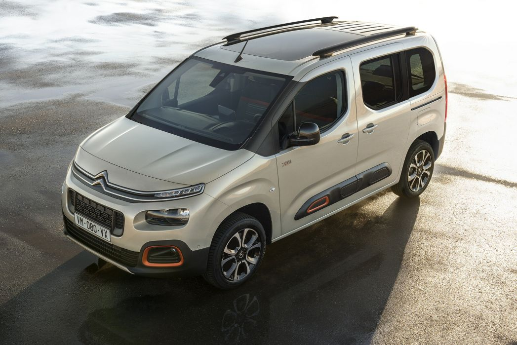 Image 1: Citroen Berlingo Estate 1.2 Puretech Flair M 5dr