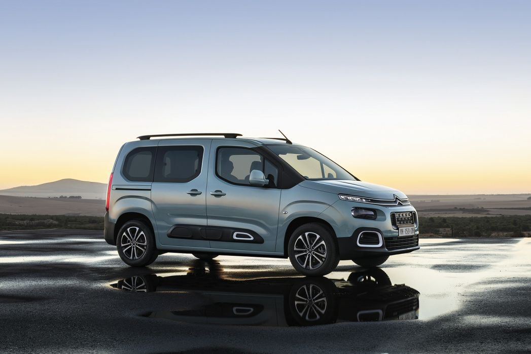 Image 2: Citroen Berlingo Estate 1.2 Puretech Flair M 5dr