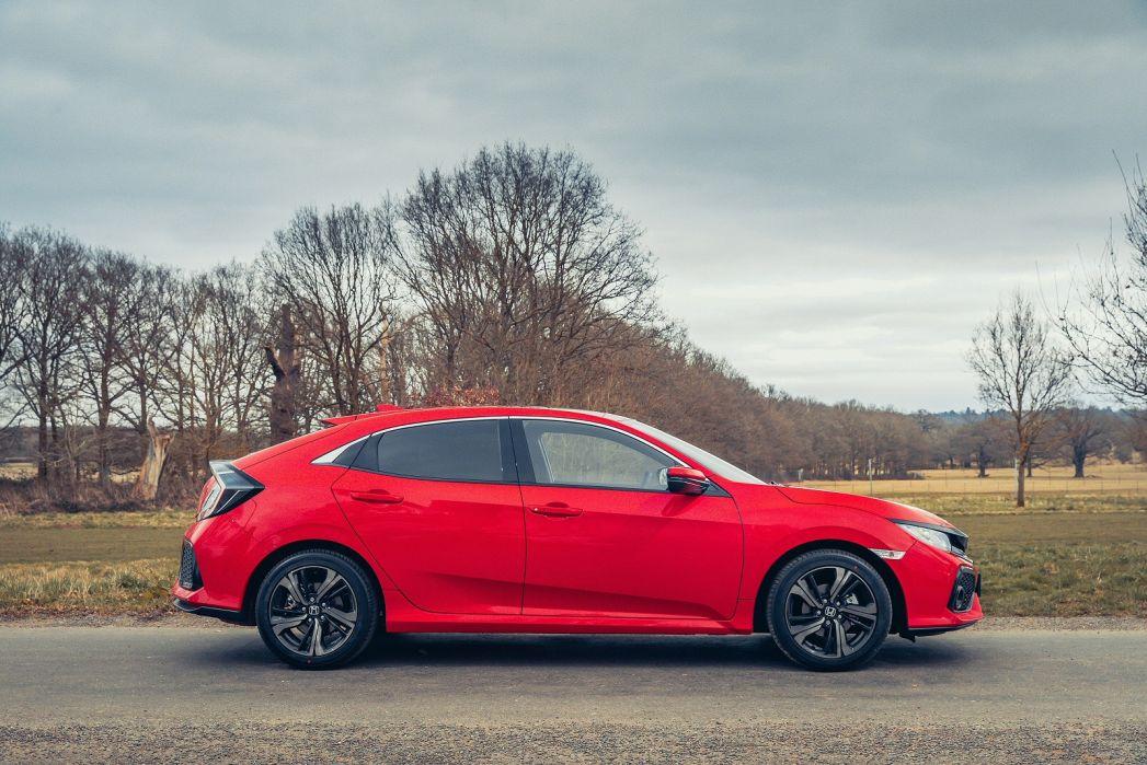 Video Review: Honda Civic Hatchback 1.0 Vtec Turbo 126 EX 5dr