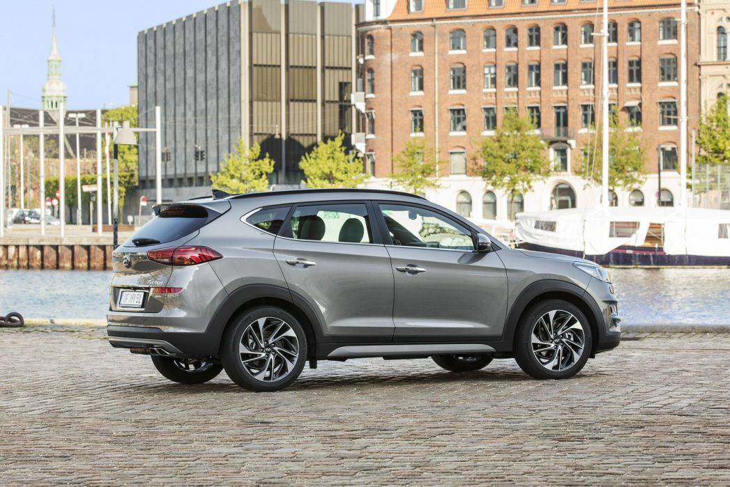 Video Review: Hyundai Tucson Diesel Estate 2.0 Crdi 48V MHD Premium 5dr 4WD DCT