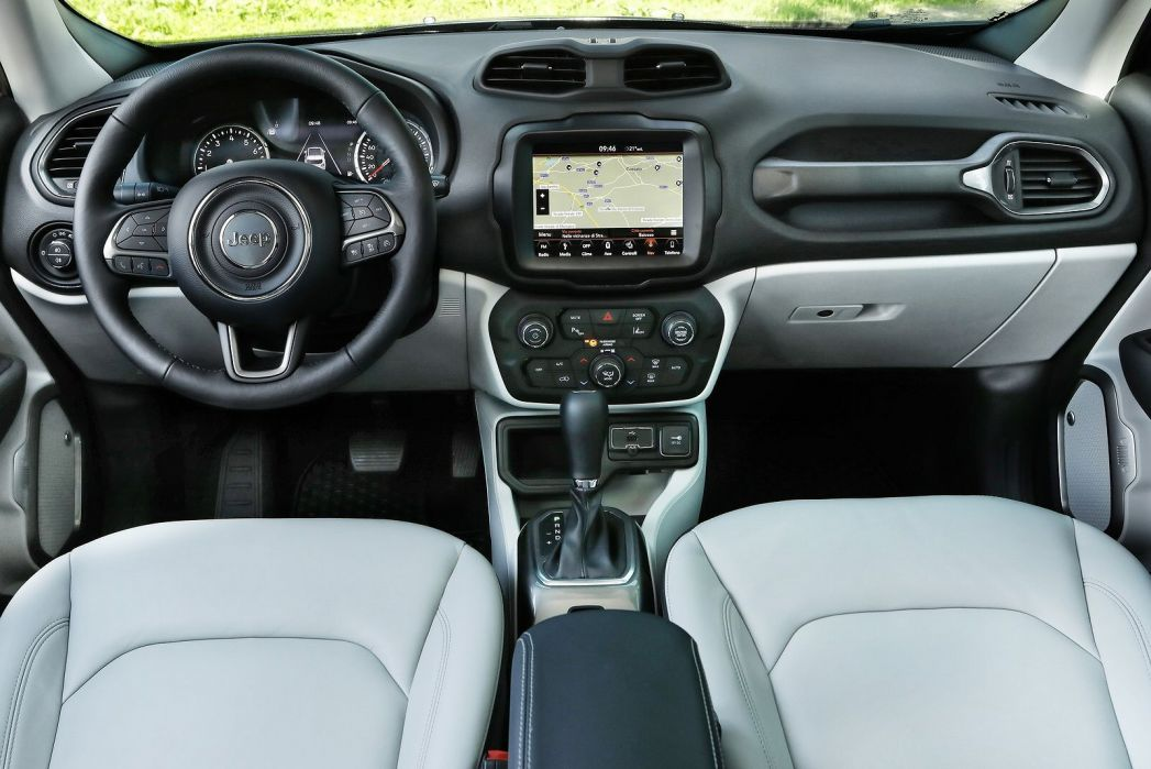 Image 5: Jeep Renegade Hatchback Special Edition 2.0 Multijet Trailhawk 5dr 4WD Auto