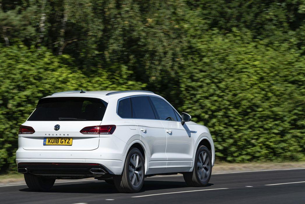 Image 6: Volkswagen Touareg Diesel Estate 3.0 V6 TDI 4motion 231 R-Line 5dr TIP Auto