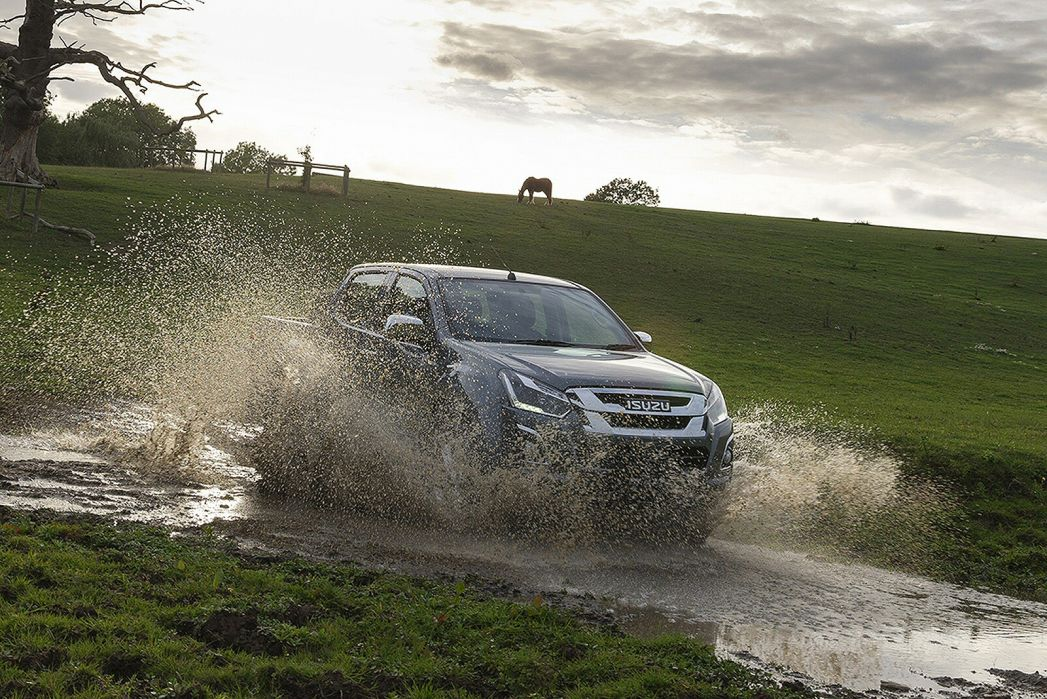 Image 5: Isuzu D-MAX Special Edition 1.9 Fury Double CAB 4X4