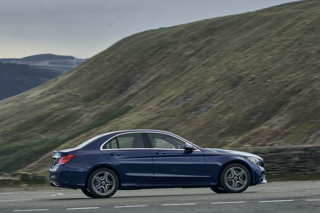 Image 5: Mercedes-Benz C Class Diesel Estate C300d AMG Line Edition 5dr 9G-Tronic