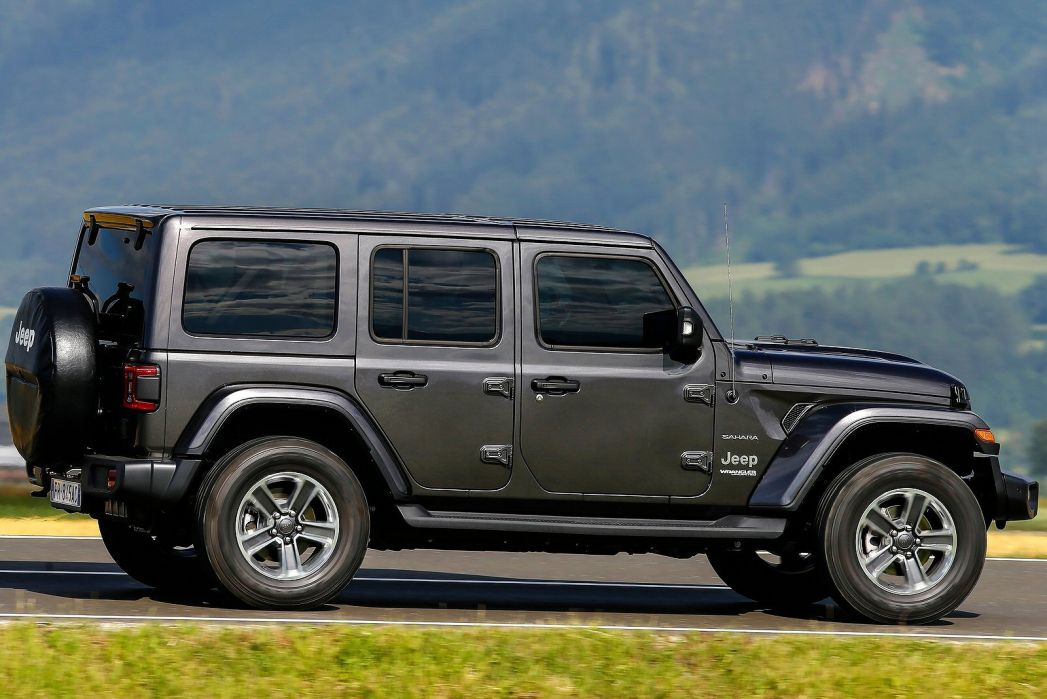 Image 3: Jeep Wrangler Hard TOP Diesel 2.2 Multijet Rubicon 2dr Auto8