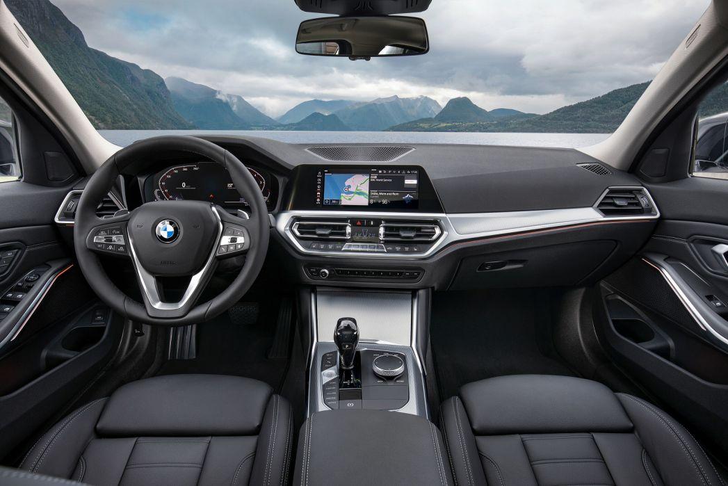 Image 5: BMW 3 Series Saloon 330I M Sport 4dr Step Auto