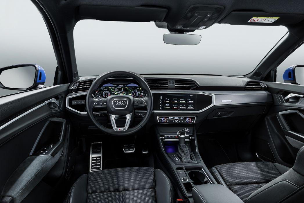 Image 3: Audi Q3 Estate 35 Tfsi S Line 5dr
