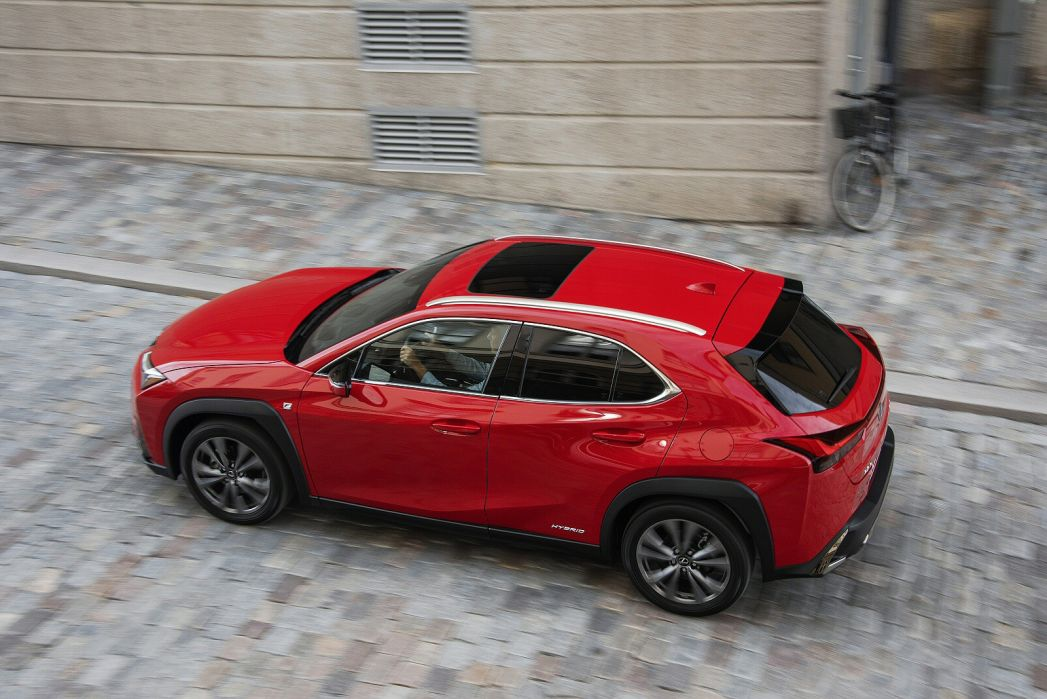 Image 3: Lexus UX Hatchback 250H 2.0 F-Sport 5dr CVT [premium Plus/sunroof]