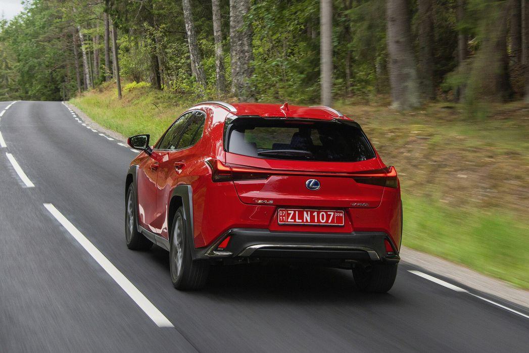 Image 5: Lexus UX Hatchback 250H E4 2.0 F-Sport 5dr CVT [premium Plus/sunroof]