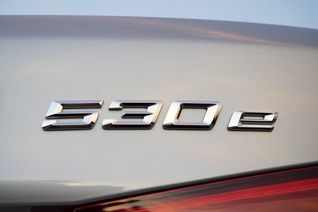 Image 5: BMW 5 Series Saloon 530E Xdrive SE 4dr Auto