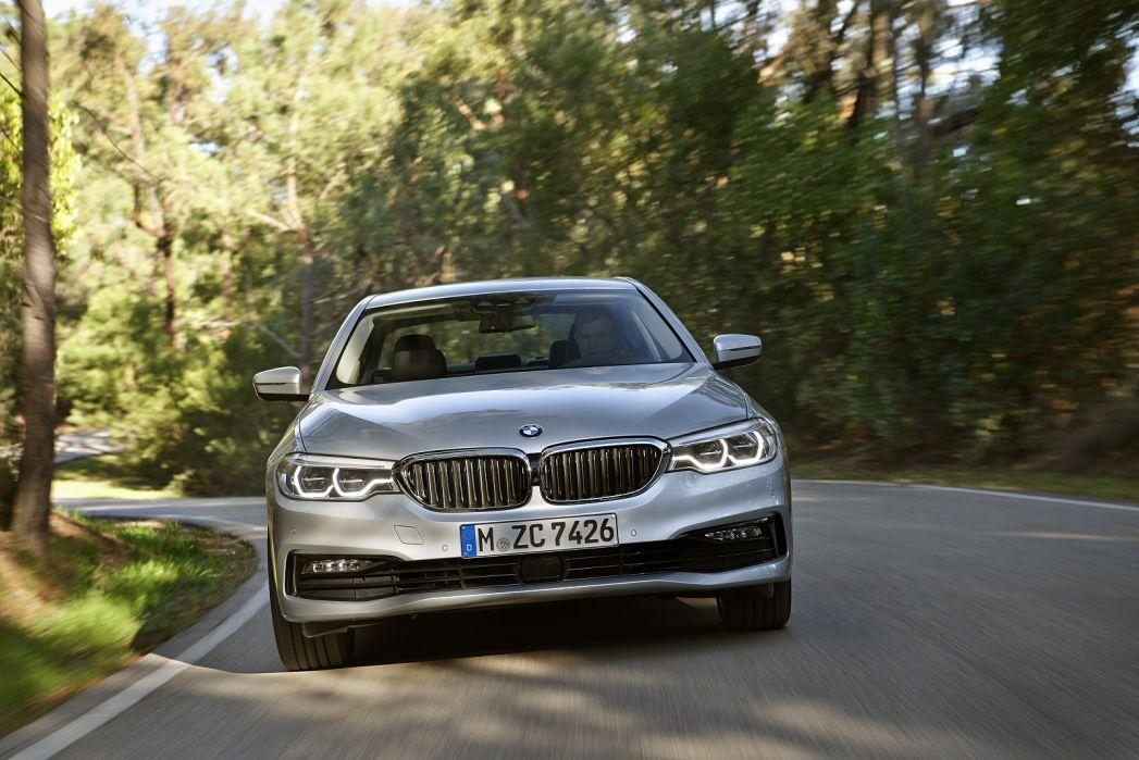 Image 6: BMW 5 Series Saloon 530E Xdrive SE 4dr Auto