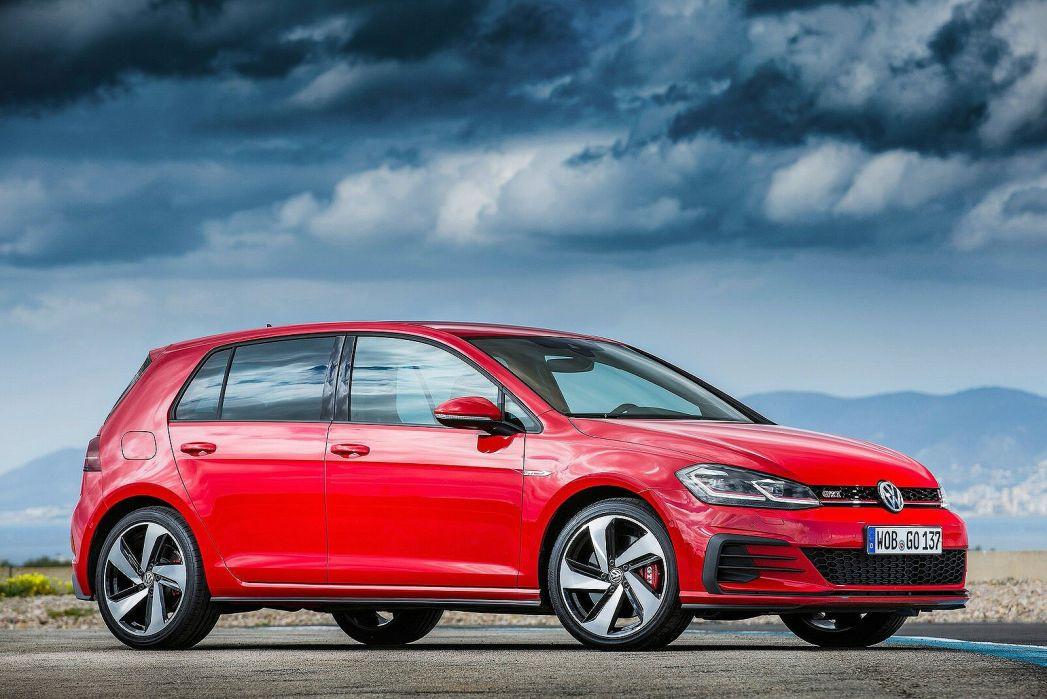Image 3: Volkswagen Golf Hatchback 2.0 TSI 245 GTI Performance 5dr DSG