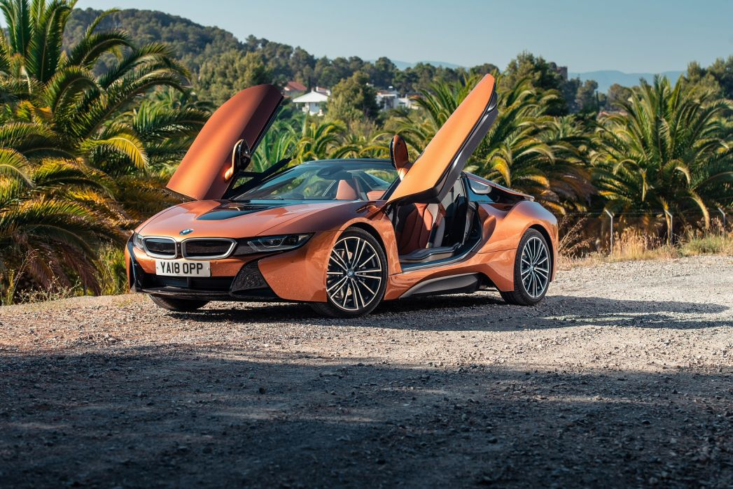 Video Review: BMW I8 Roadster 2dr Auto