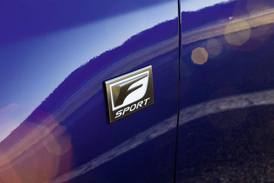 Image 4: Lexus CT Hatchback 200H 1.8 5dr CVT [sport Pack]