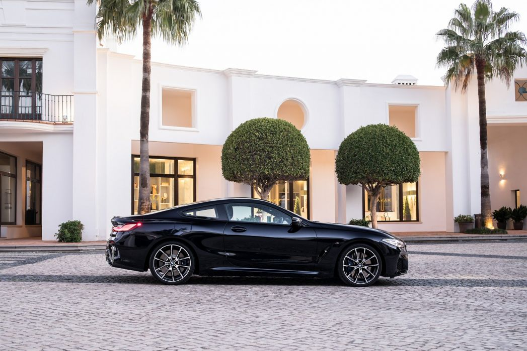 Video Review: BMW 8 Series Convertible 840I Sdrive 2dr Auto