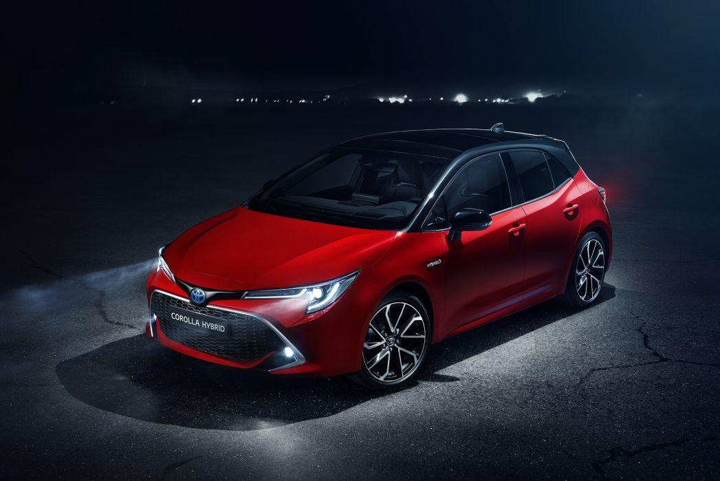 Video Review: Toyota Corolla Hatchback 1.8 VVT-I Hybrid Icon 5dr CVT