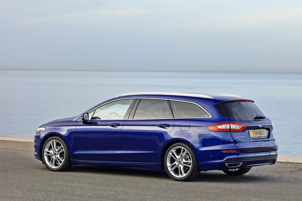 Image 2: Ford Mondeo Diesel Estate 2.0 Ecoblue 190 ST-Line Edition 5dr Powershift AWD