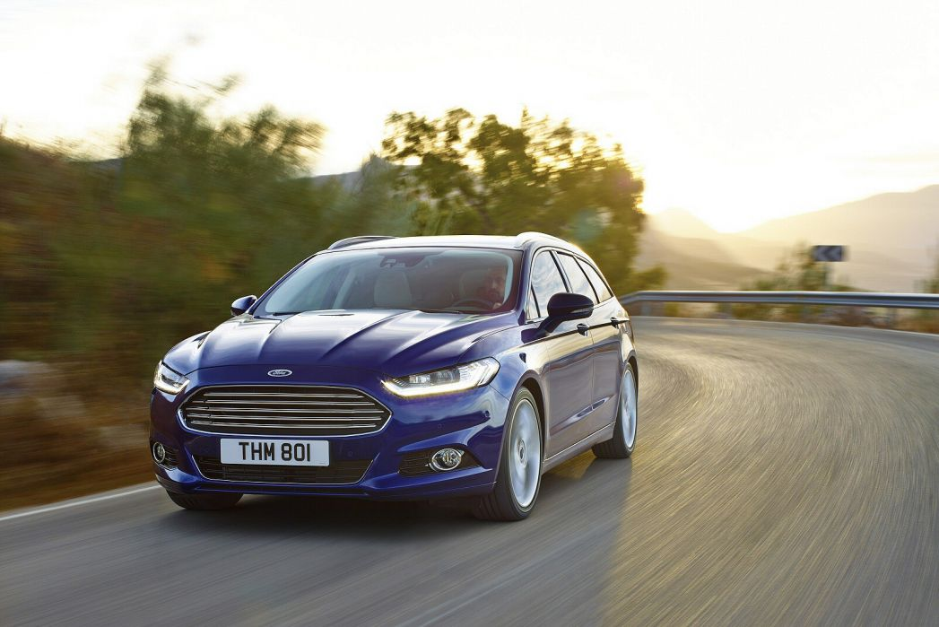 Image 3: Ford Mondeo Diesel Estate 2.0 Ecoblue 190 ST-Line Edition 5dr Powershift AWD