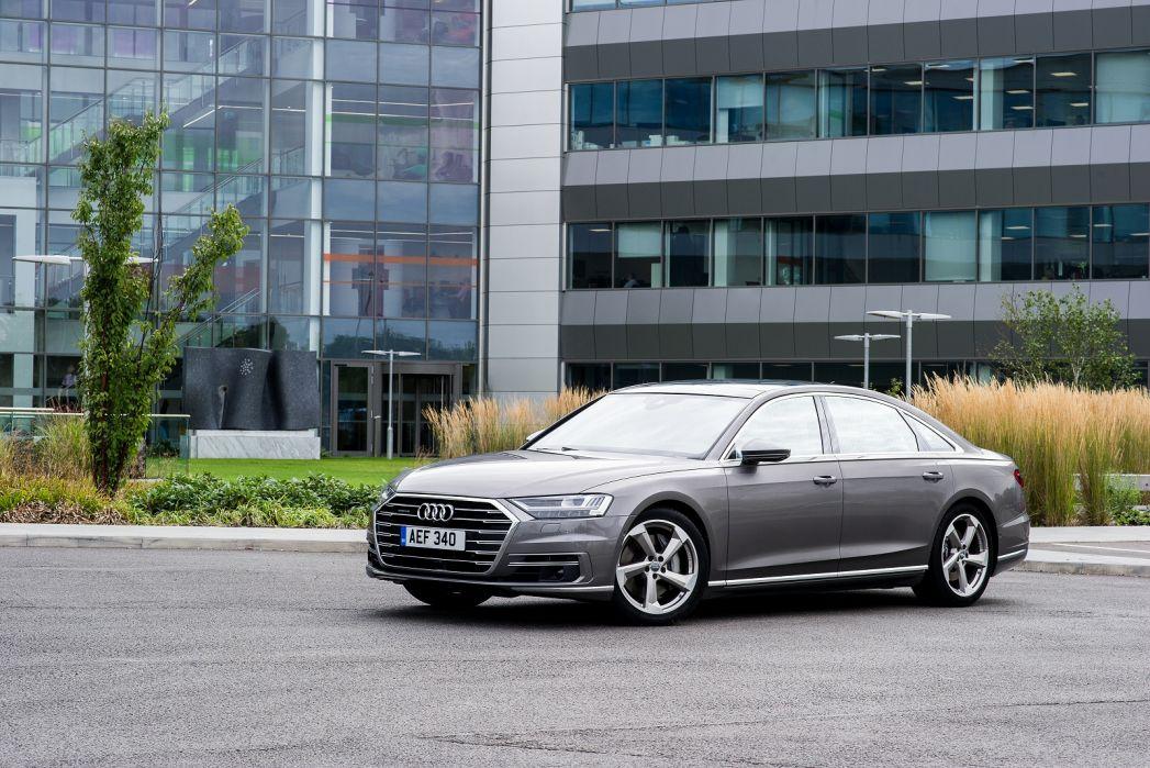 Image 5: Audi A8 Saloon L 55 Tfsi Quattro S Line 4dr Tiptronic