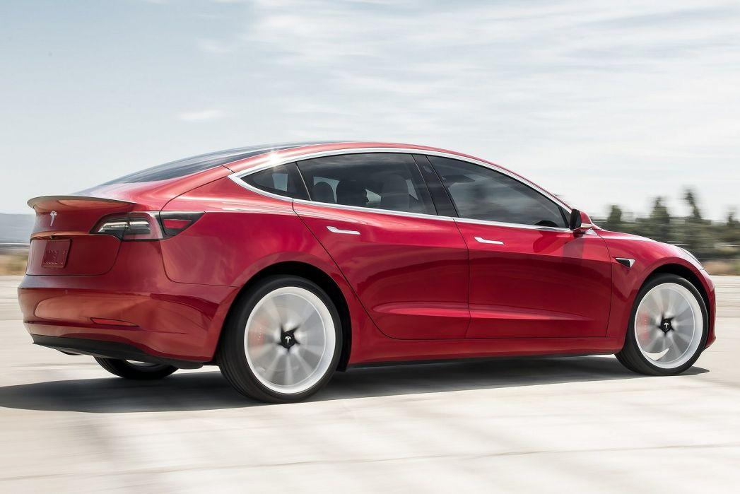 Image 5: Tesla Model 3 Saloon Standard Plus 4dr Auto