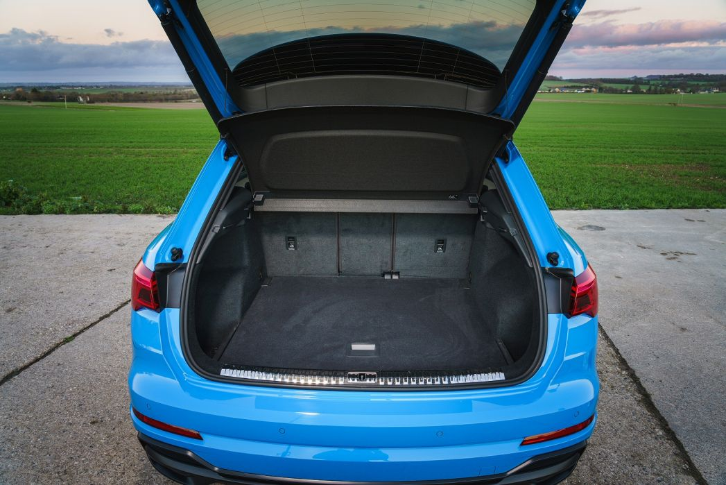 Image 5: Audi Q3 Estate 35 Tfsi S Line 5dr