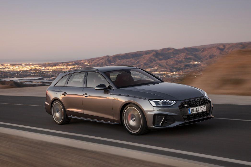 Image 3: Audi A4 Diesel Avant 30 TDI Black Edition 5dr S Tronic [comfort+sound]