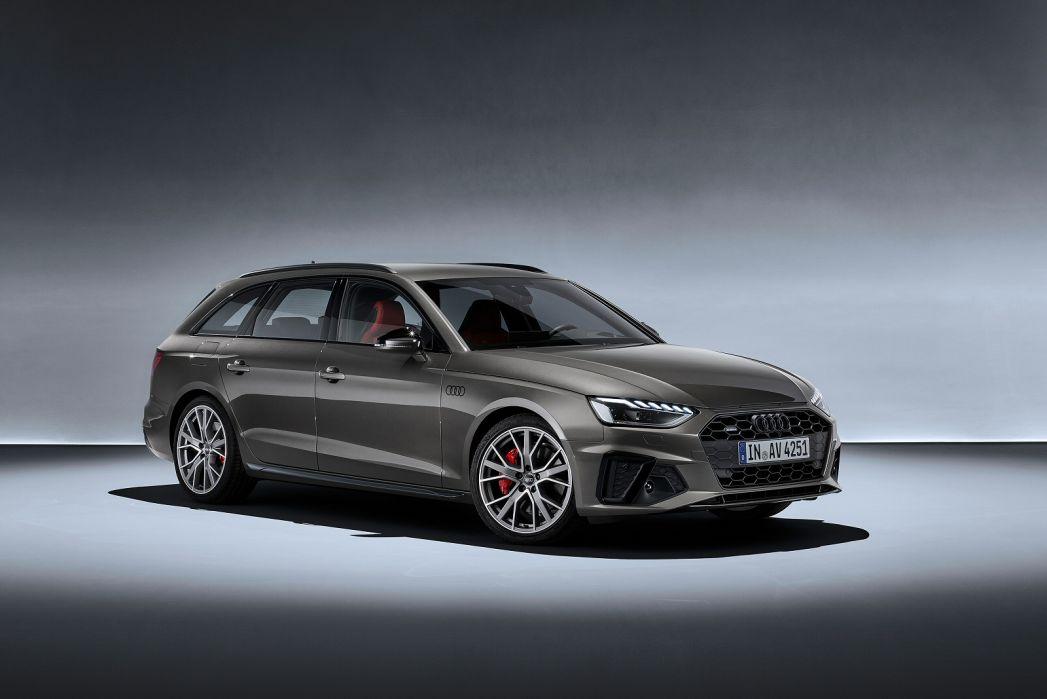 Image 4: Audi A4 Diesel Avant 30 TDI Black Edition 5dr S Tronic [comfort+sound]