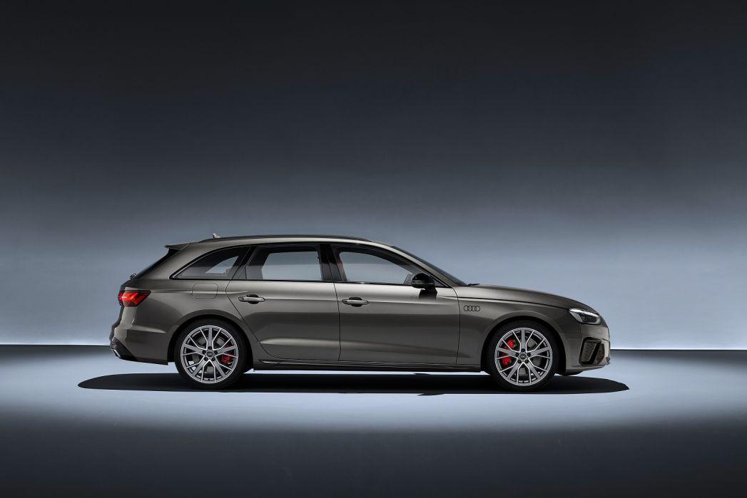 Image 5: Audi A4 Diesel Avant 30 TDI Black Edition 5dr S Tronic [comfort+sound]
